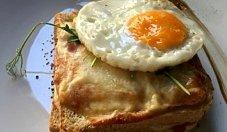 Pomidorowe tosty francuskie