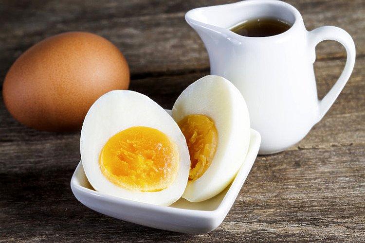Jajko na twardo